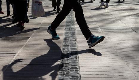 Inscripció en record a les víctimes de l'atemptat de Barcelona