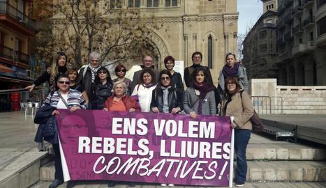 CCOO se suma al moviment 8-M - El sindicat Comissions Obreres a Lleida, que ahir va celebrar una assemblea per reclamar el compliment dels acords salarials i modificar la reforma laboral, es va afegir a la convocatòria de la vaga laboral del 8 de  ...