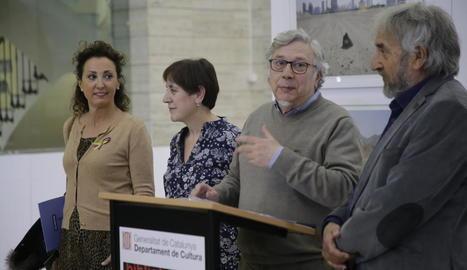 Josep Borrell, ahir durant la presentació de la 'Biennal d'Art Contemporani Català'.