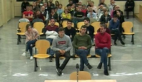 Els vuit joves condemnats en el 'cas Altsasu'.