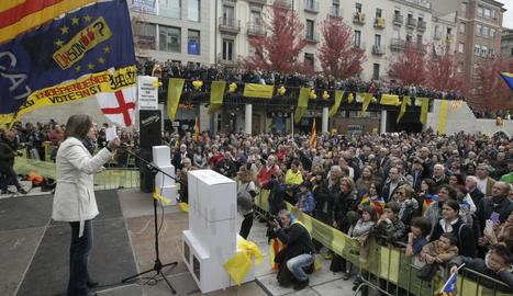 Imatge de Carme Forcadell a l'acte de final de campanya de l'ANC a Lleida, el 9-N.