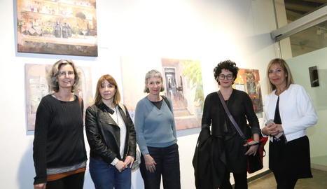 Dones artistes recorden Rosa Siré a l'Espai Cavallers de Lleida
