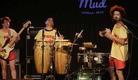 Alex Figueira, líder del Conjunto Papa Upa, al concert d'ahir.
