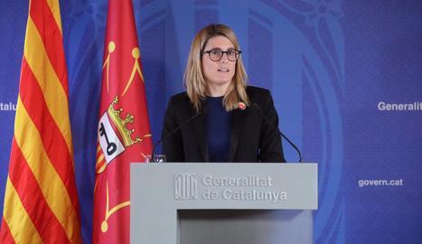 La consellera de Presidència, Elsa Artadi, a la roda de premsa posterior a la reunió del Consell Executiu, celebrada a Vielha.