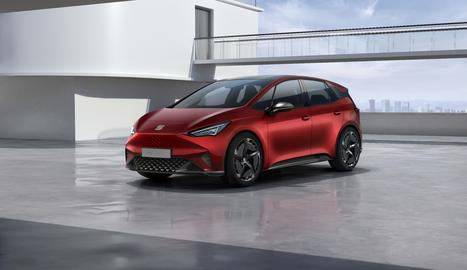 N'hi ha prou amb 47 minuts per recarregar les bateries del vehicle i ampliar la seua autonomia fins als 420 km.