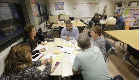 El col·legi La Mitjana va acollir ahir el primer taller sobre el civisme.