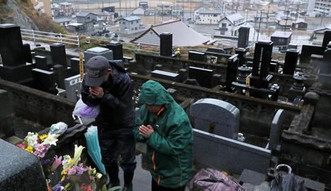 El Japó recorda el tsunami del 2011 amb l'estigma de Fukushima