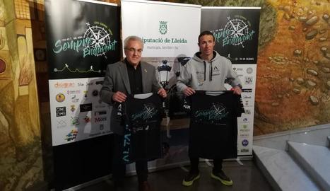 Raül Arenas, amb el diputat Enric Mir ahir a la presentació.