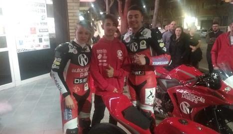 Zaida, Gerard i Iván, tres dels quatre pilots del nou equip lleidatà.