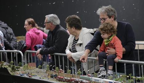 Els trens en miniatura van ser aquest cap de setmana els protagonistes d'un certamen que cada vegada té més adeptes.