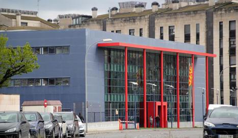 Vista de la comissaria dels Mossos d'Esquadra de Lleida, que van rebre la denúncia.