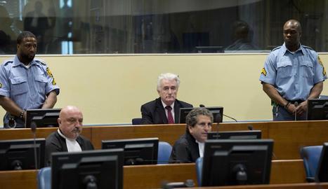 Retransmissió a Sarajevo de la decisió del tribunal de la Haia sobre Radovan Karadzic.