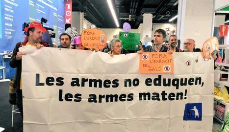 La CUP exigeix que l'exèrcit surti del Saló de l'Ensenyament