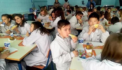 La Paeria ensenya hàbits saludables per esmorzar en 19 escoles de Lleida