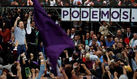 El líder de Podem, Pablo Iglesias, al costat del cofundador del partit Juan Carlos Monedero.