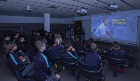 El club ha organitzat trobades amb la base per recordar el llegat que va deixar Johan Cruyff.