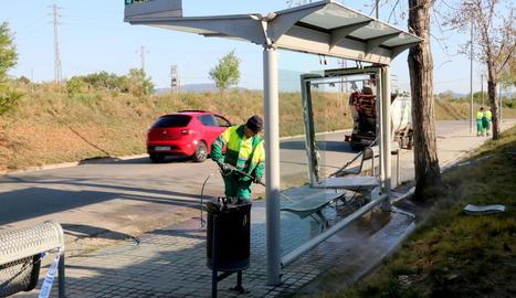 Imatge de la parada d'autobús en què va succeir el sinistre.
