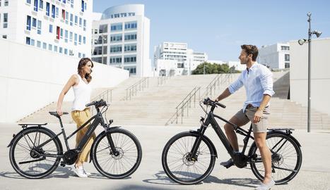 Les noves e-bikes per a trekking i carretera tenen un disseny depurat i distintiu, amb una bateria Bosch PowerTube.
