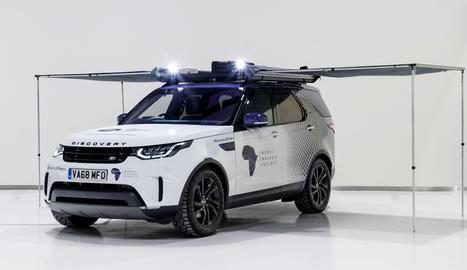 El projecte Mobile Malaria embarca el Land Rover Discovery en el seu viatge a través de Namíbia, Zàmbia, Tanzània i Kènia.