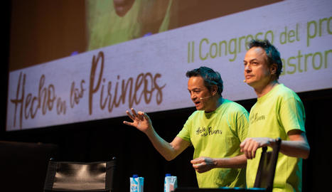 Els germans Torres, ahir a la inauguració de les ponències del certamen d'Osca.