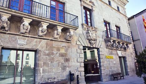La façana de la Paeria, sense les pancartes arrancades.