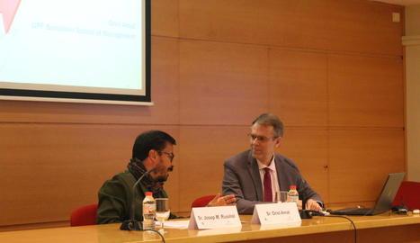 Conferència de l'economista Oriol Amat, ahir a la Cambra de Comerç de Lleida.