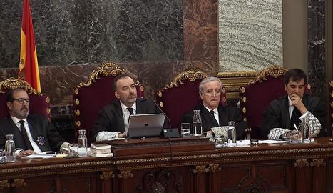 Agents de la Guàrdia Civil acusen els Bombers de participar a 'escraches' a la Seu d'Urgell