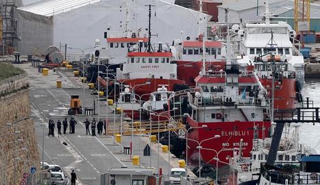L'embarcació va arribar a port amb 108 migrants a bord.