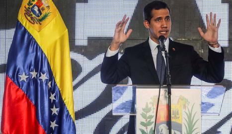 """Juan Guaidó va titllar la inhabilitació de """"farsa""""."""
