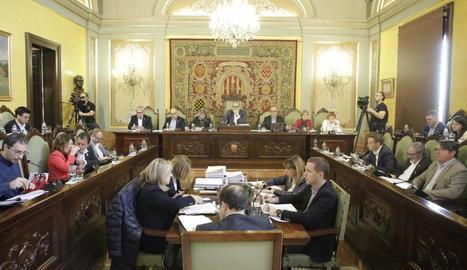Un instant de la sessió del ple municipal d'ahir, a la Paeria.