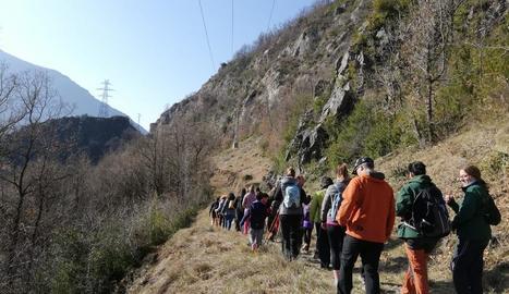 La marxa que va organitzar el Centre Excursionista al matí.