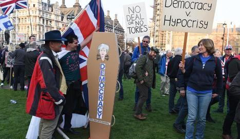 Les manifestacions a favor del Brexit van acabar amb sis persones detingudes.
