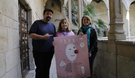 Els organitzadors del festival, ahir a l'IEI de Lleida.