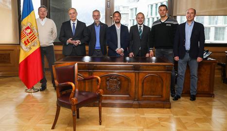 Imatge presa ahir dels set candidats a substituir Toni Martí com a cap de Govern.