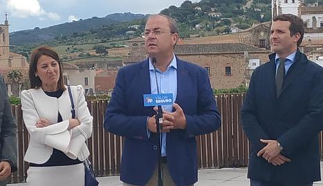 Elena Nevado, José Antonio Monago i Pablo Casado.