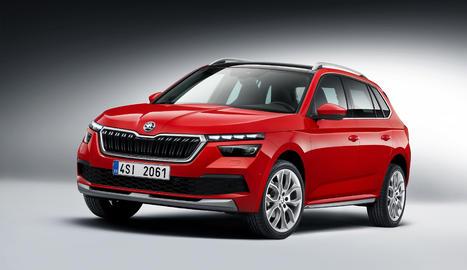 Combina els avantatges d'un utilitari esportiu, com la distància a terra, amb l'agilitat d'un cotxe compacte.