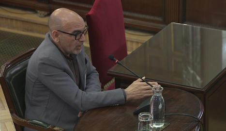 Un sergent de Mossos diu que Sànchez feia propostes el 20-S però que les decisions eren de la policia