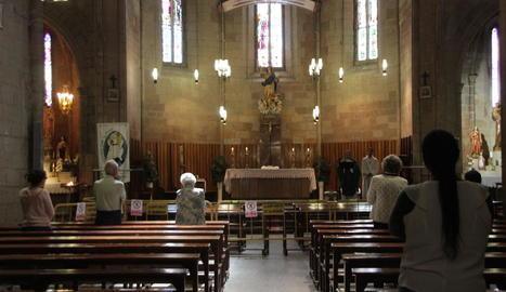 Imatge d'arxiu d'una missa a l'església d'Almenar.