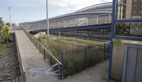Tancada una de les passarel·les de l'estació de Lleida