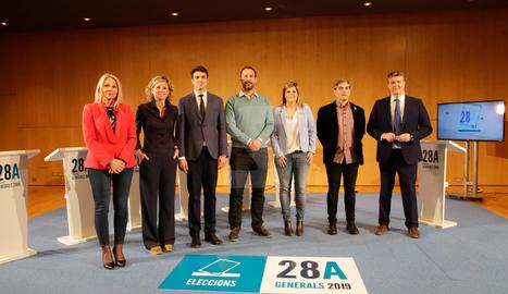 Imágenes del debate electoral del Grupo SEGRE