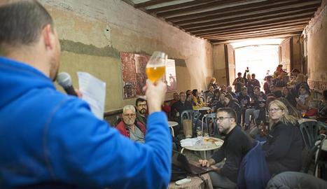 Casa Dalmases va presentar ahir la cervesa Diables.