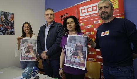 Els responsables de CCOO i UGT de Lleida van presentar els actes del Primer de maig d'aquest any.