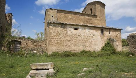 L'església protegida de Llanera, al municipi de Torà.
