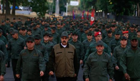Maduro va prendre part en un acte de govern ahir amb membres de les Forces Armades Bolivarianes.