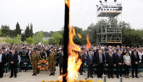 Autoritats israelianes van assistir a la cerimònia de les torxes.