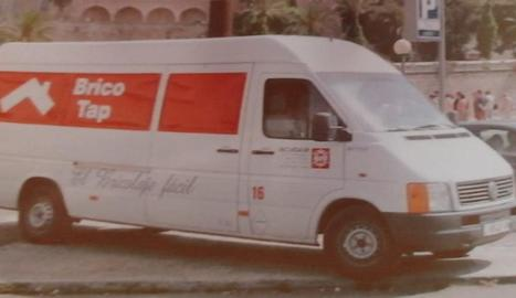 Acudam va publicar a les xarxes una imatge de la furgoneta sostreta.