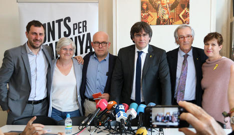 Comín, Ponsatí, Boye, Puigdemont, Trias i Talegón, ahir, a Brussel·les.