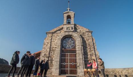 L'ermita de San Juan de Gaztelugatxe, a Biscaia, és aquesta setmana l'escenari del concurs.