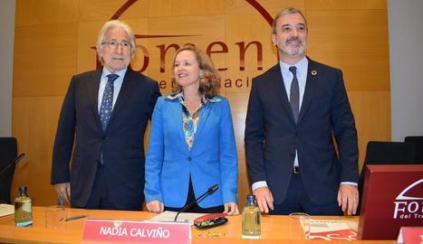 Sánchez-Llibre, Calviño i Collboni, ahir, en un acte de Foment.
