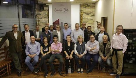 Saltó i la majoria de membres de la seua llista es van congregar ahir a la nit a la seu de la penya El Sogall.
